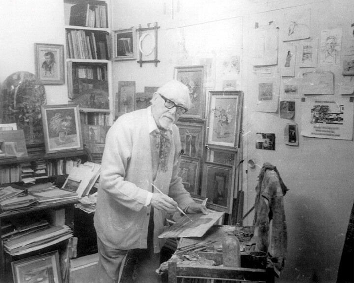 Edward, then aged 86, painting in his studio in Hampstead in 1989 (photograph taken by Bernard Dunstan, RA).